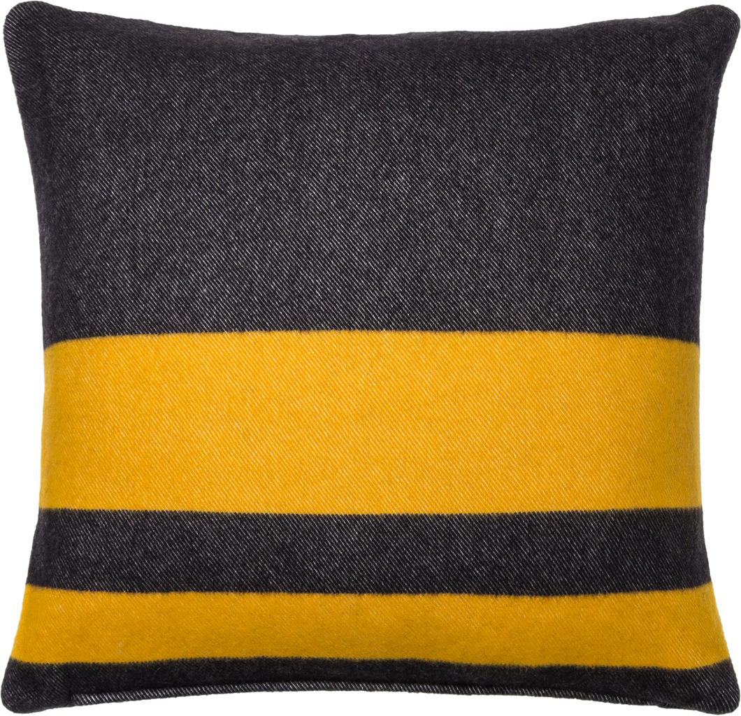 Merino Pillow V66