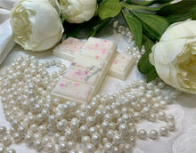 Load image into Gallery viewer, Sweet Rose Snap Bars Wax Melts