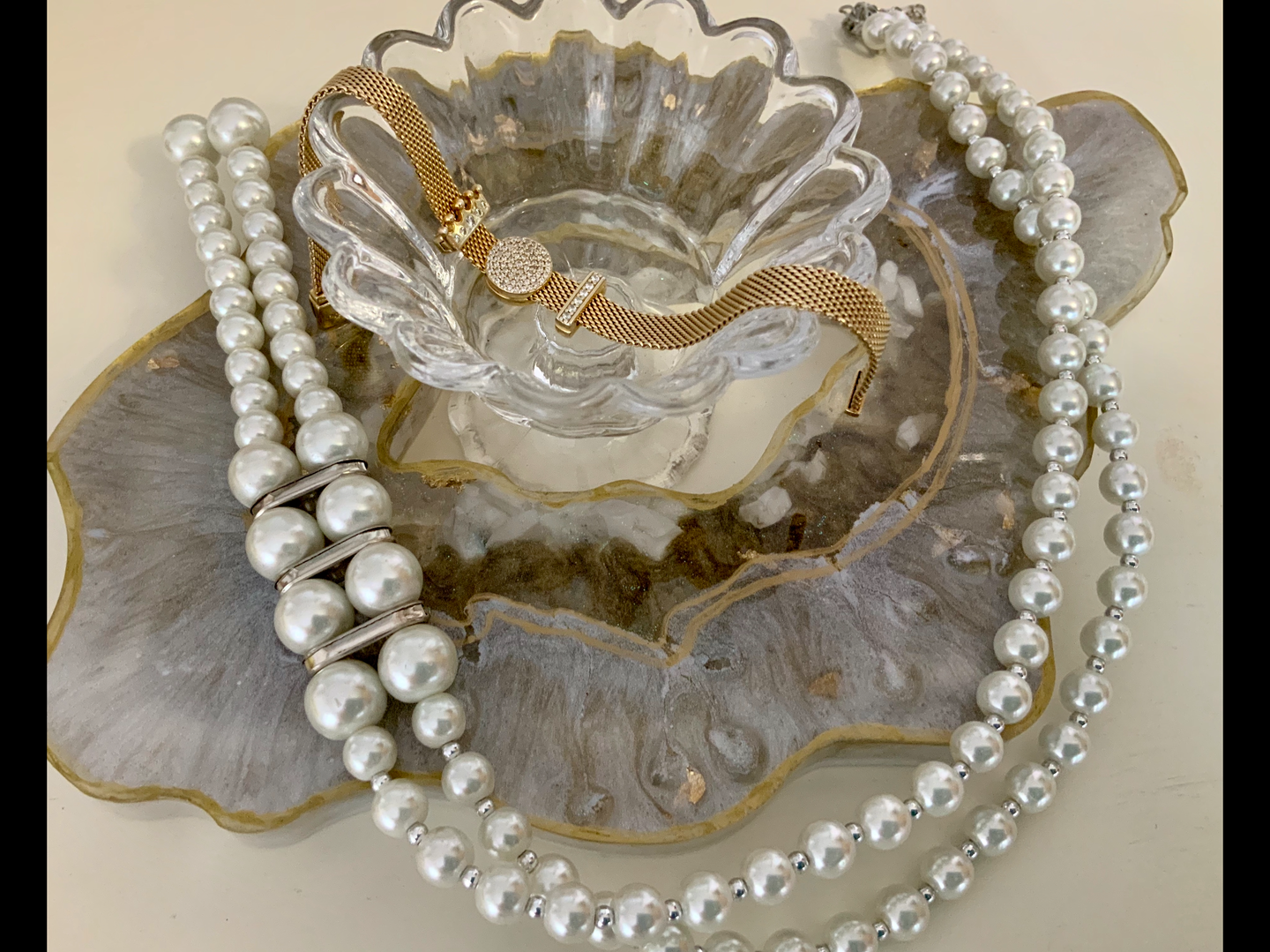 Geode Resin Art Piece/ Jewellery Drape/ Table Centre Piece