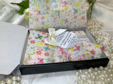 Load image into Gallery viewer, Mothers Day Gift Box One