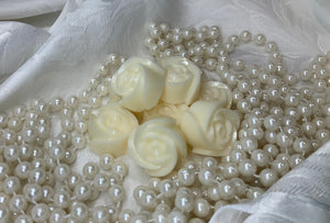 Cashmere Caramel Wax Melts Tin of Roses