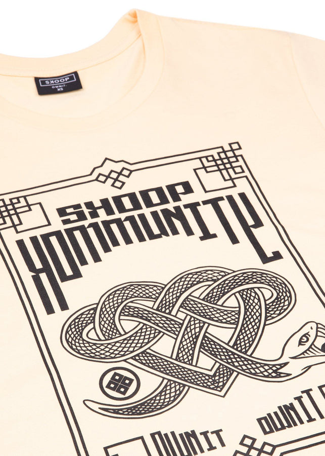 Yellow Hebi T-shirt - Skoop Kommunity