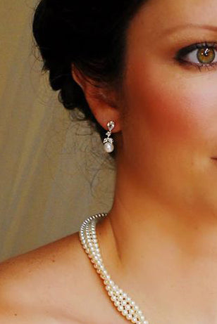 Pearl Drop Earrings Charlotte