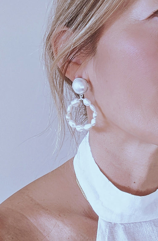 SOLAR PEARL HOOP EARRINGS
