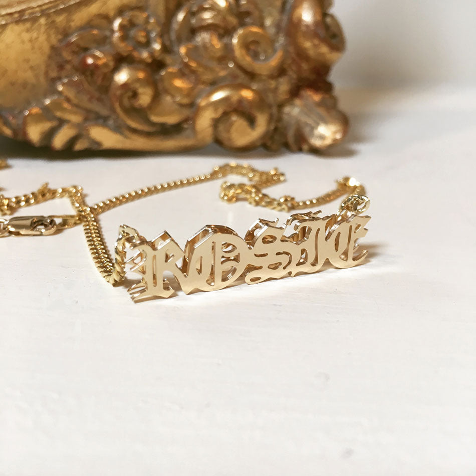 14k gold 3D gothic name necklace - 3mm chain