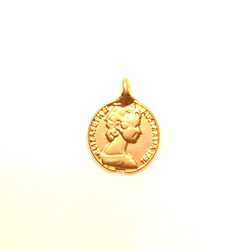 Gold Coin Medallion Necklace - Kim Kardashian 7