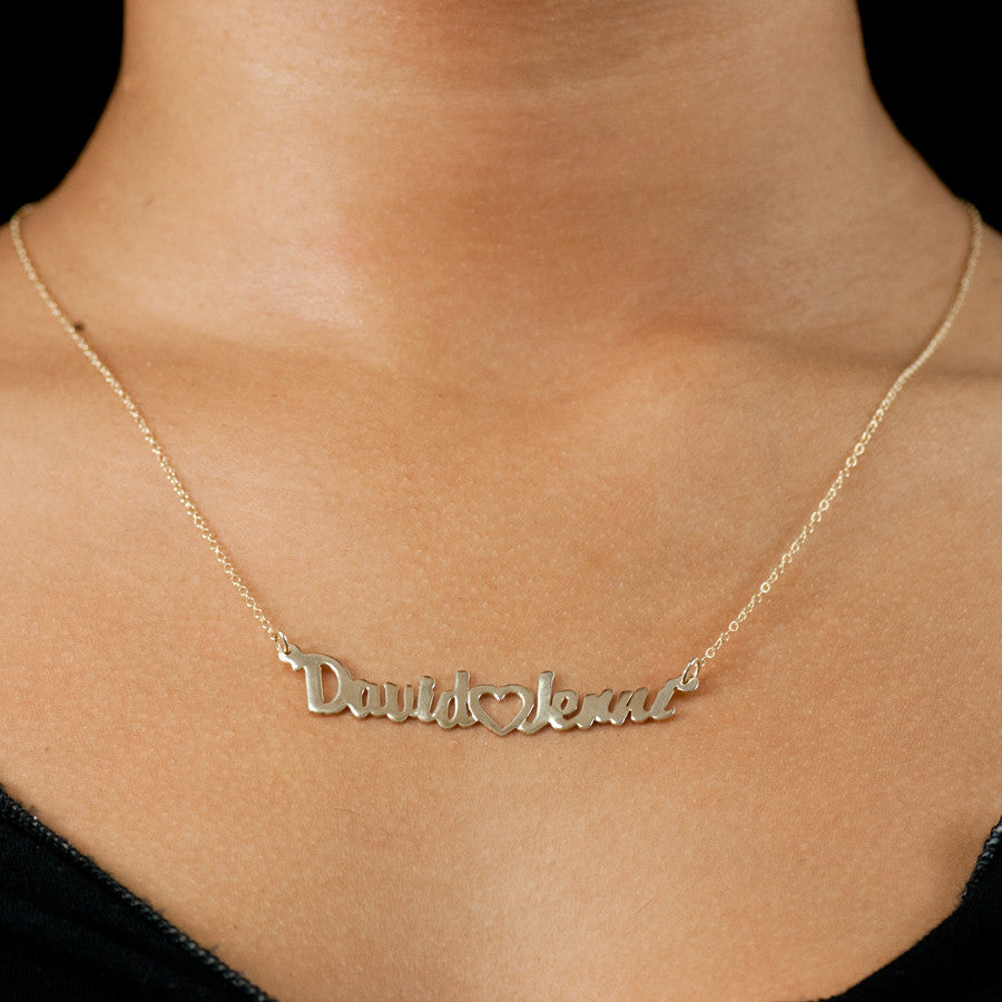 Couples Nameplate Necklace with Heart 2