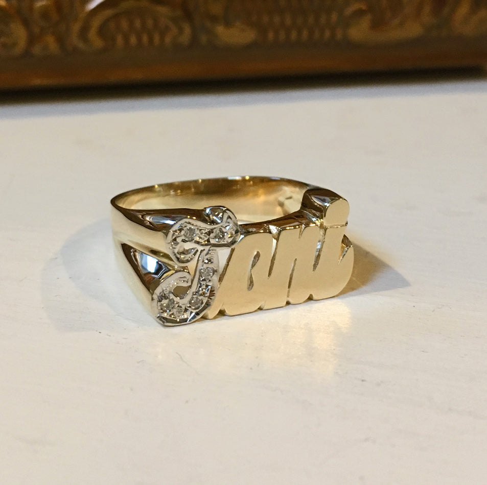 14K Gold Name Ring with Diamonds 3