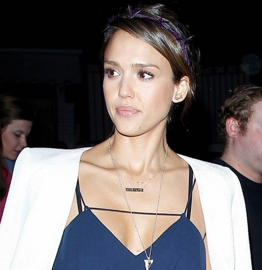 Jessica Alba Bar necklace