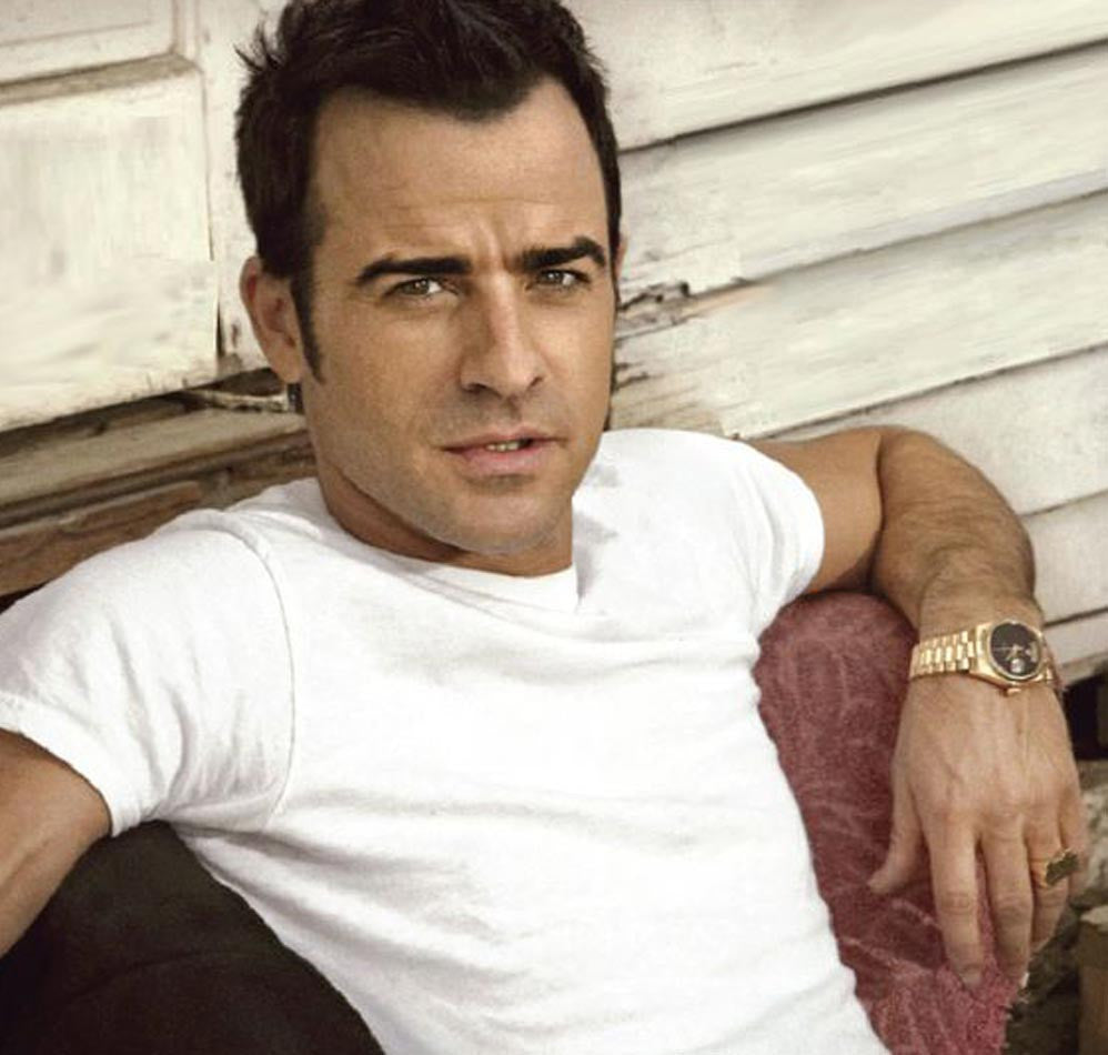 Justin Theroux Name Ring