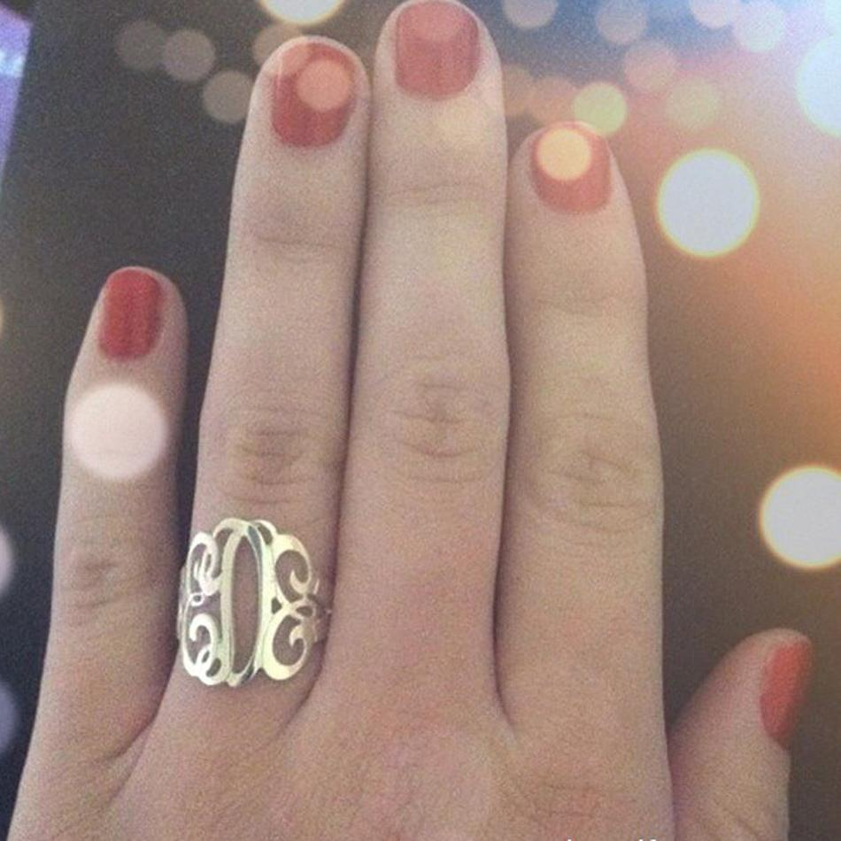 Personalized 14K Gold Vermeil Cutout Monogram Ring 3