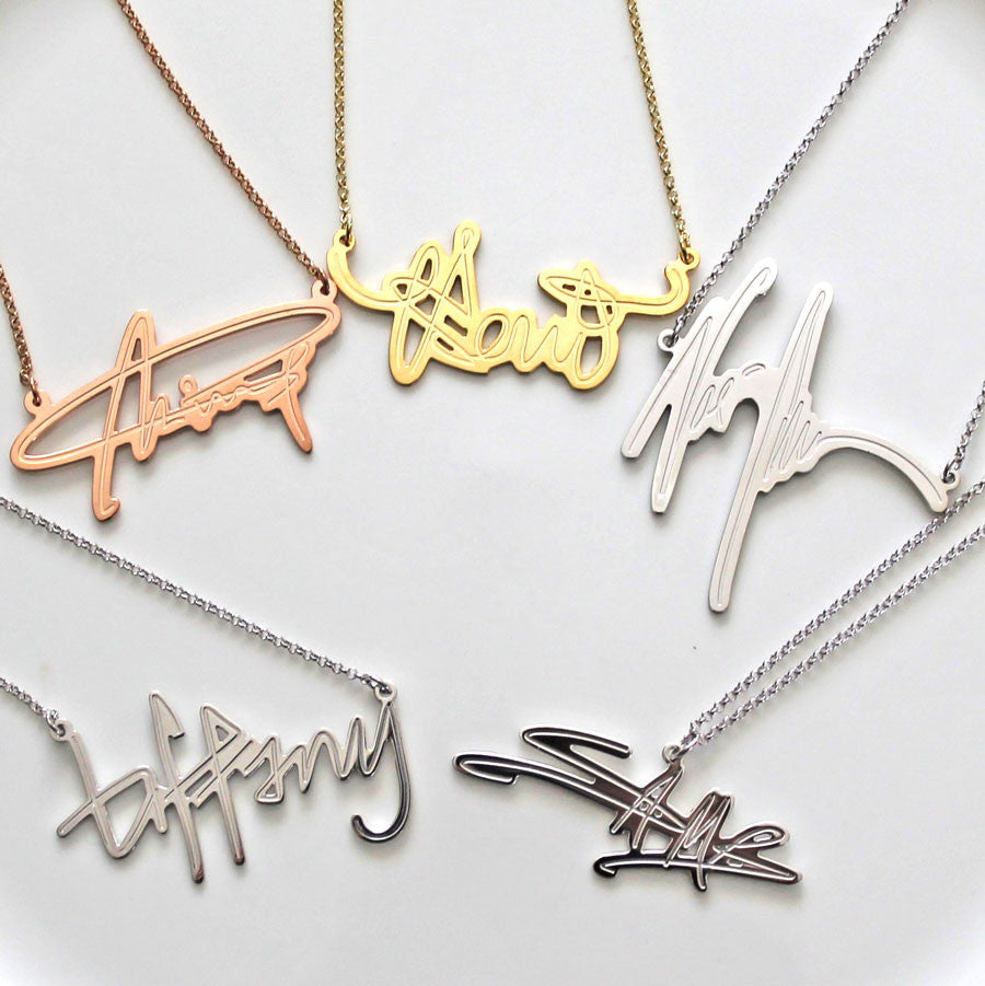 Your Signature Nameplate Necklace Sterling Silver Alternate 1