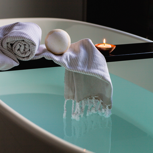6 Essentials you Should Pack For Your Valentines Day Spa Break