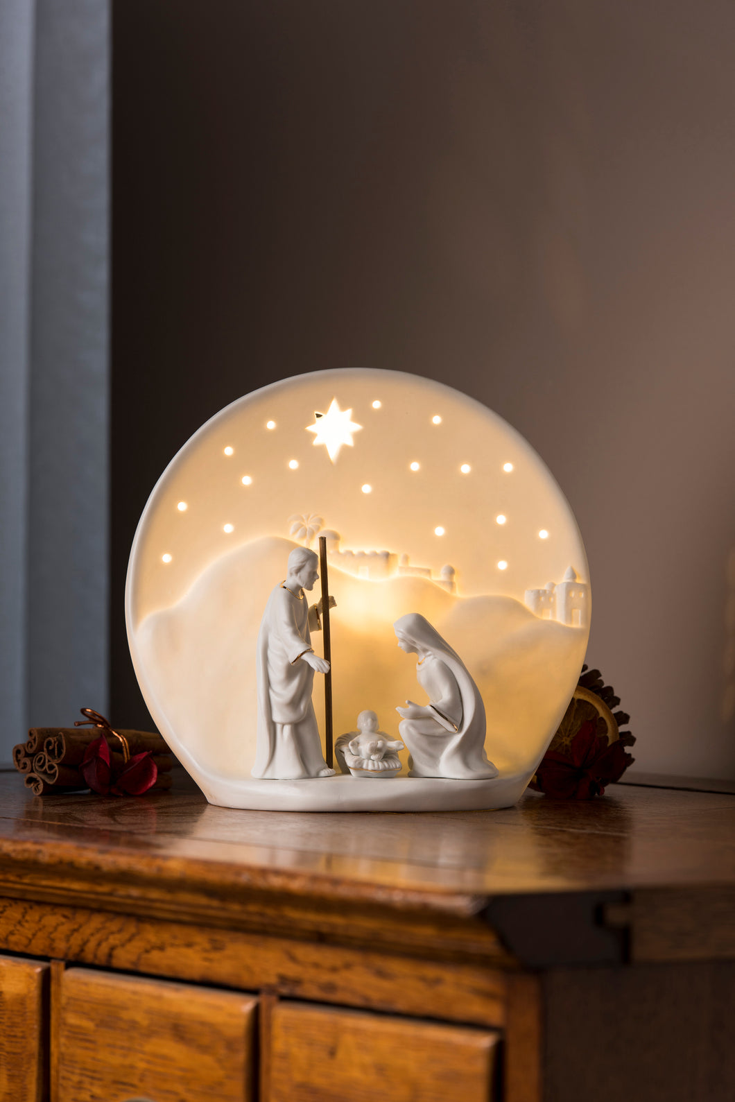 Belleek - Nativity Luminaire
