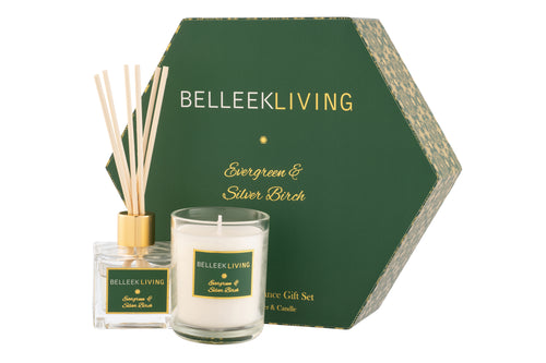 Belleek Living Evergreen & Silver Birch Gift Set.  Fresh crisp pine and aromatic rosemary top notes are blended with soft jasmine and zesty citrus middle notes.  Earthy moss and cedarwood are paired with warm soft vanilla and tonka bean base notes to create a complex fragrance that is reminiscent of a wintry evergreen forest. Gift Set Contains; Diffuser x 1 (50ml) Candle x 1 (6.5cm x 8cm) - Burn time 24 Hours