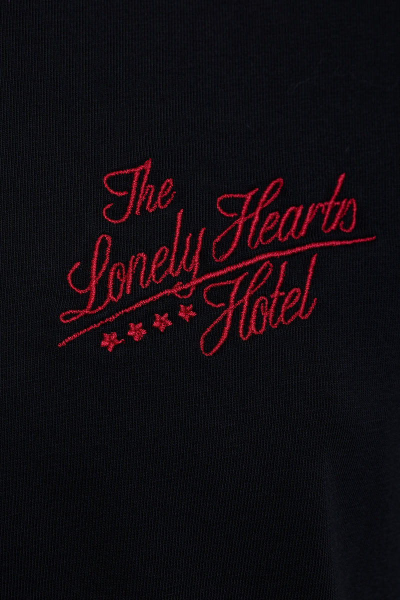 »The Lonely Hearts Hotel« T-Shirt