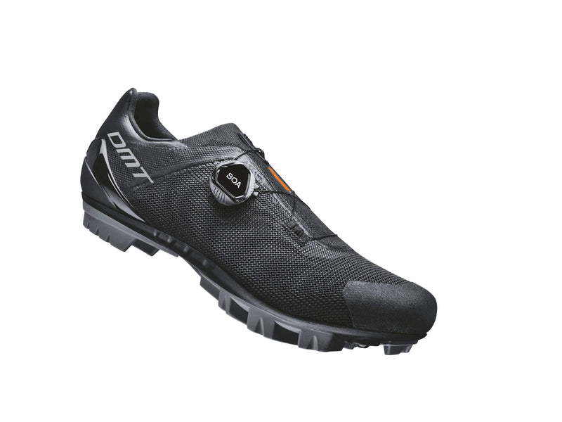 KM4 Black/Black - delivery May