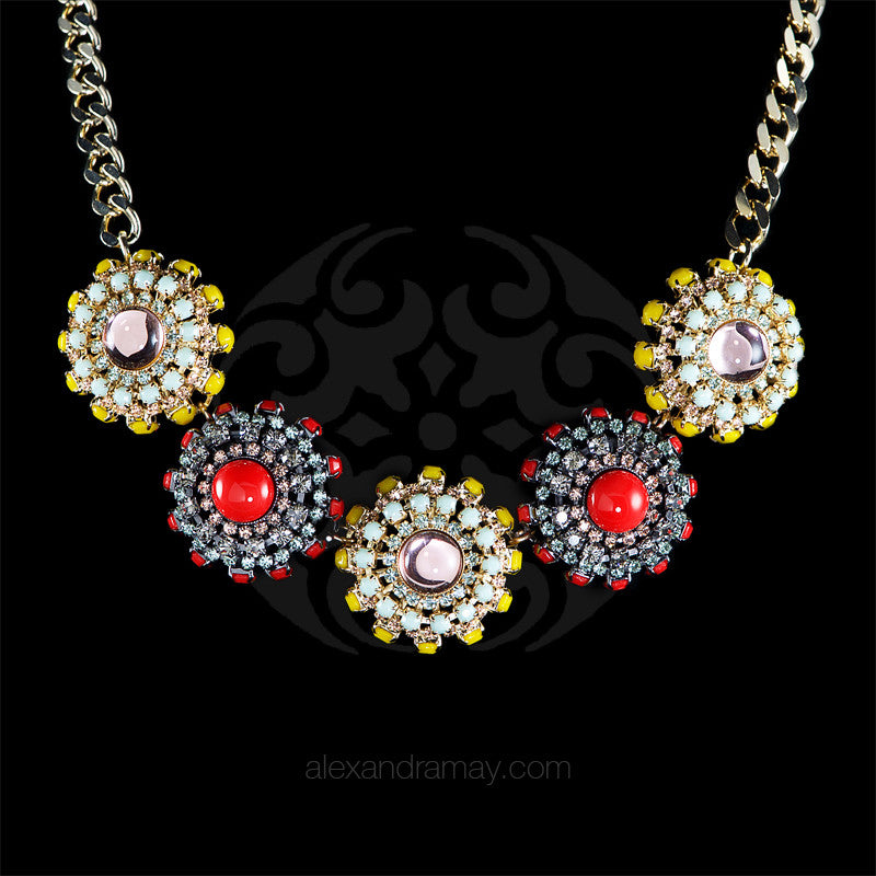 Anton Heunis 'Catrina' Five Flowers Necklace (CMX1.08)