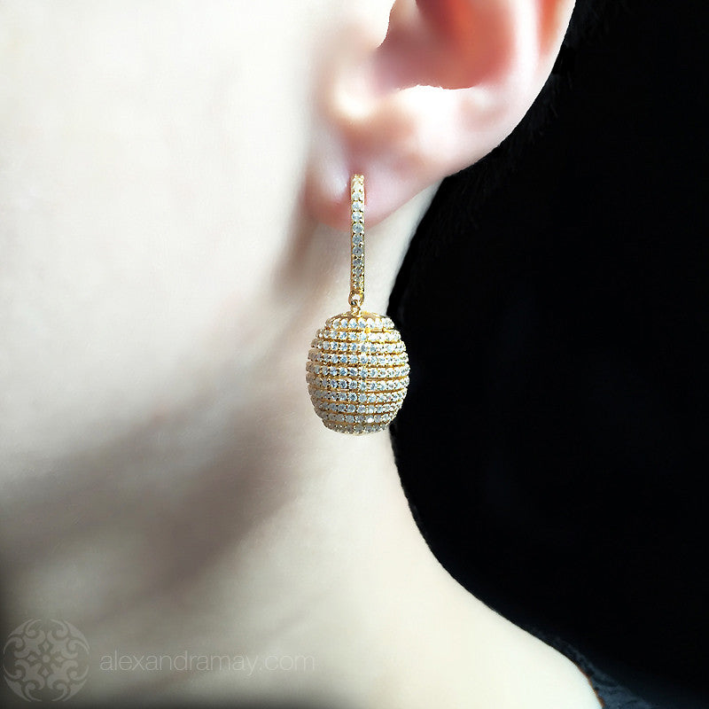 Lustre of London Yellow Gold Honeycomb Beehive Earrings (EA12CVY) model