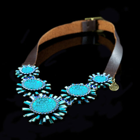 Konplott 'Doris Daisy' Spectacular Turquoise Flowers on Leather Necklace (105246) side