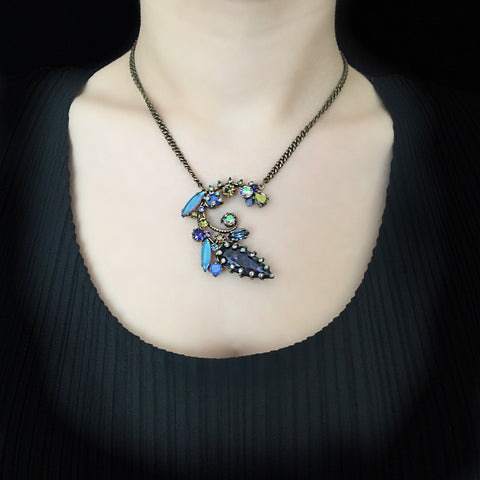 Konplott 'La Maitresse' Blue Flowering Pendant Necklace (253329) model