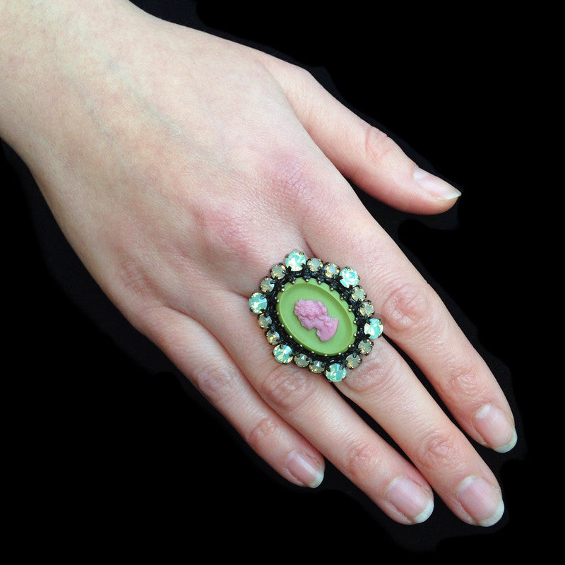 Konplott 'Macaroon' Large Pink & Green Cameo Ring (057279) model