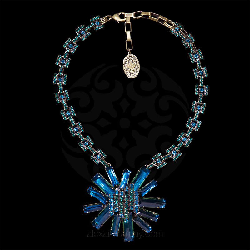 Konplott 'Manhattan Rocks' Spectacular Teal Crystal Necklace (149363) above