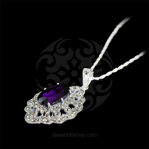 Luke Stockley Marcasite & Amethyst Victorian Oval Pendant (HP695-AM) detail