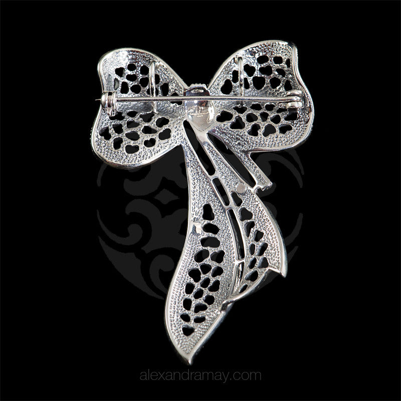 Luke Stockley Marcasite Ribbon Bow Pendant Brooch (HB515)