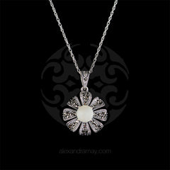Luke Stockley Pearl Flower Pendant (HD698-PL) front