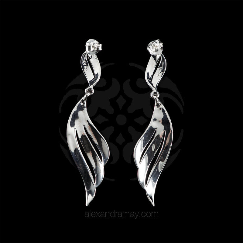Luke-Stockley-silver-Marcasite-Long-plain-feather-scroll-earrings-SME1104 back