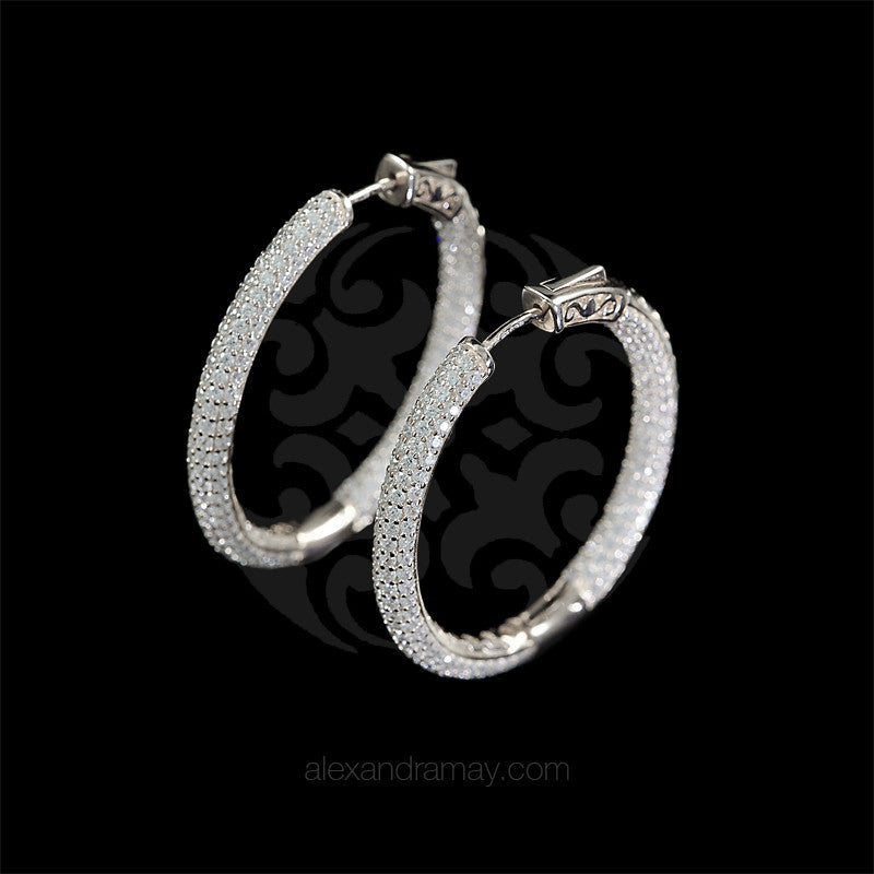 Lustre of London Silver Large Oval Hoop Earrings (EA06CVW) front
