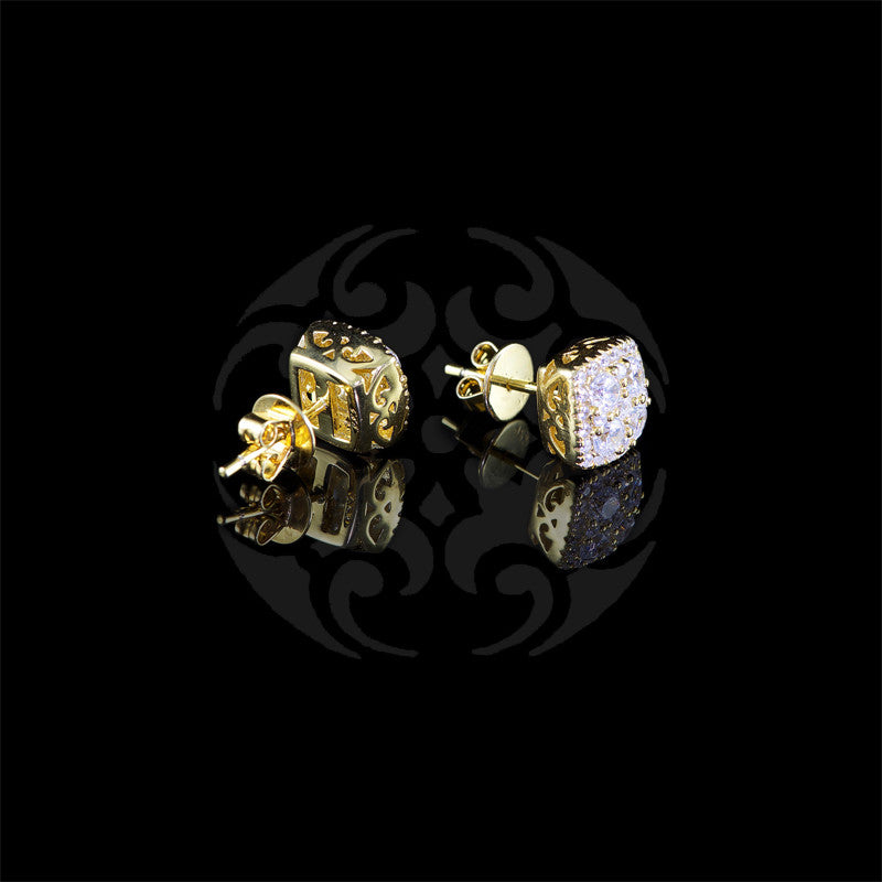 Lustre of London Yellow Gold Cushion Square Stud Earrings (EA17CVY) detail