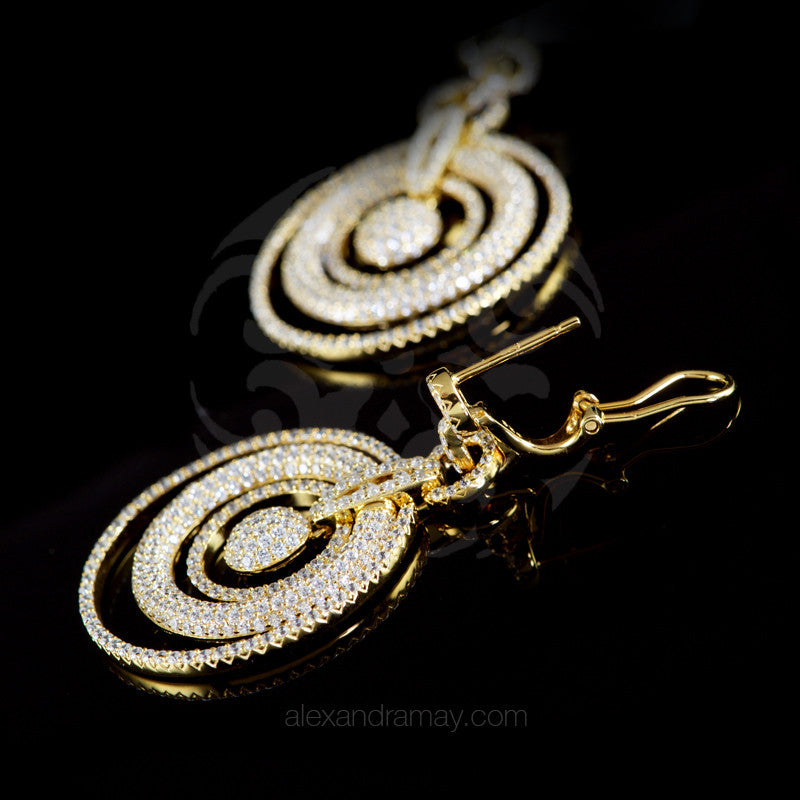 Lustre of London Yellow Gold Multi Circle Earrings (EA07CVY) detail
