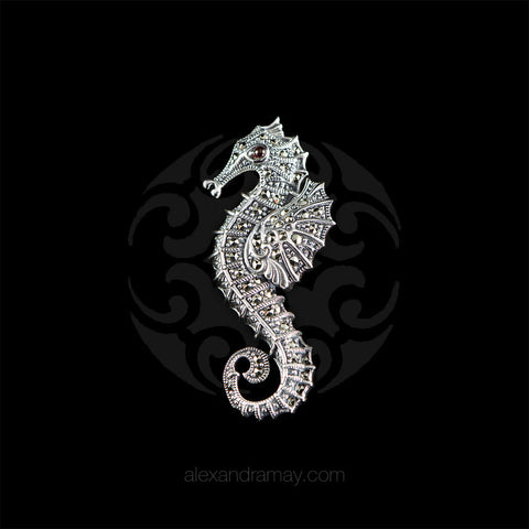 Luke Stockley Sterling Silver & Marcasite Sea Horse Pendant Brooch (HP495)