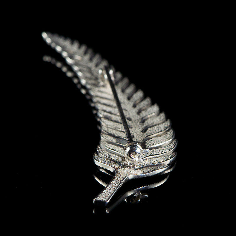 Luke Stockley Sterling Silver & Marcasite Leaf Feather Brooch (M3068) detail