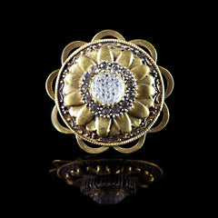 Ollipop Golden Flower Wheel Ring Front