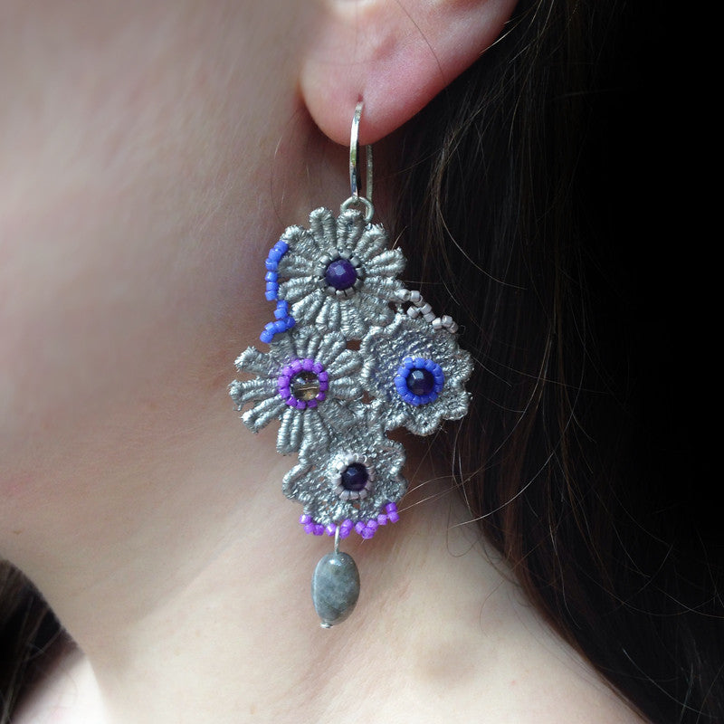 Ricardo Douaihi Small Silver Floral Lace Lilac Beaded Earrings (RD73)