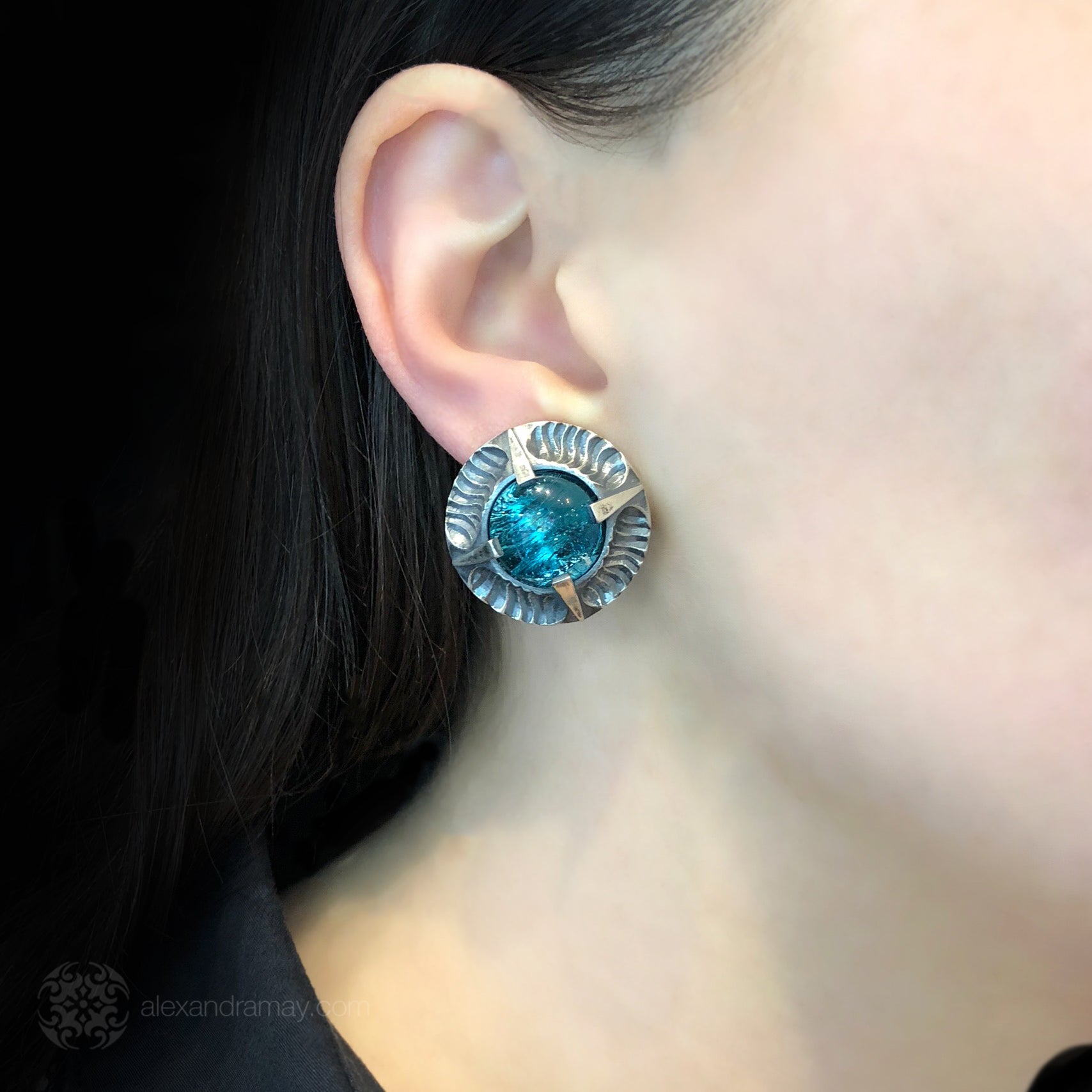 Simon Harrison Fabulous Clip-On Aquamarine Angevin Earrings (SHJ081-B) Model