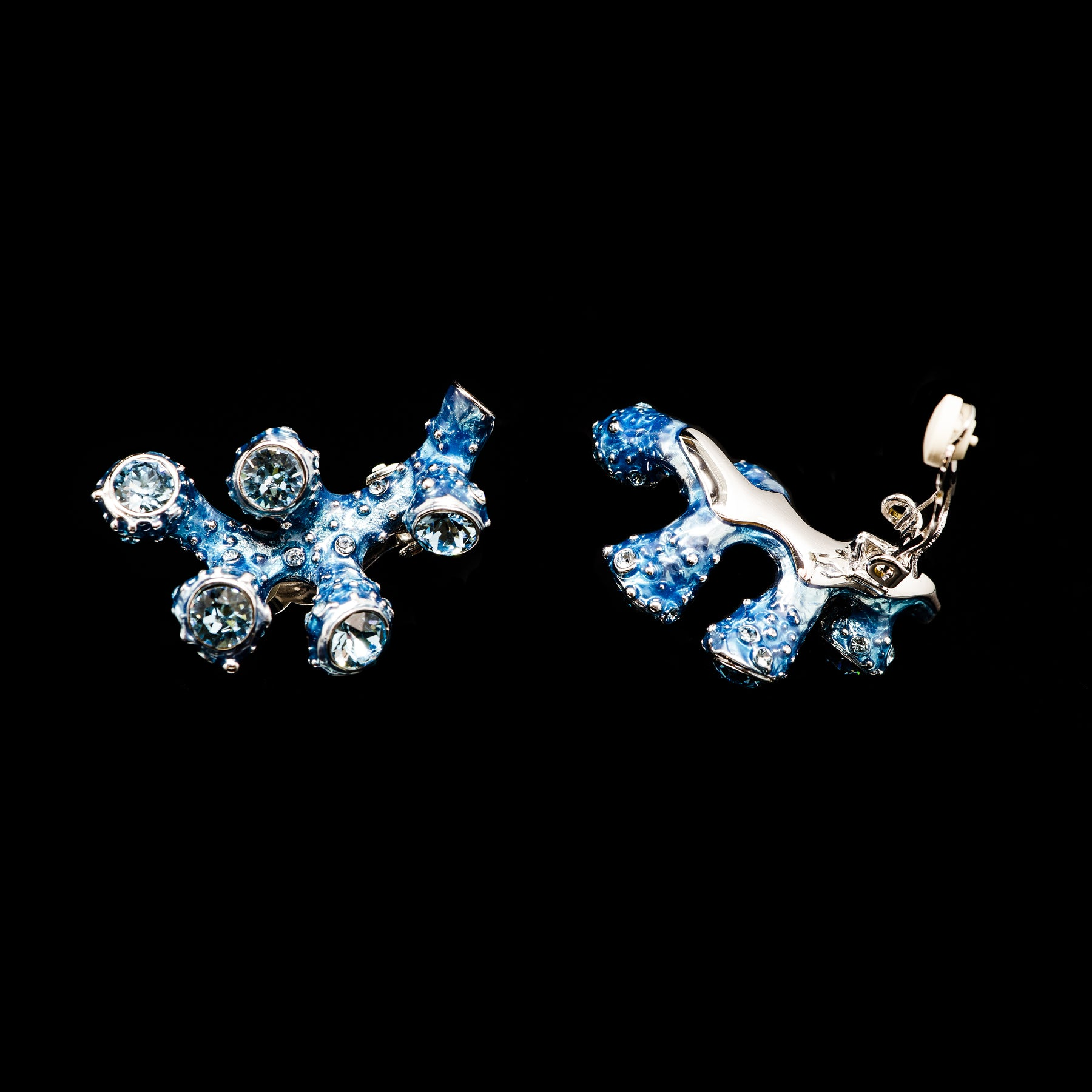 Simon Harrison Fabulous Clip-On Blue Coral Earrings (SHJ192-B) Detail