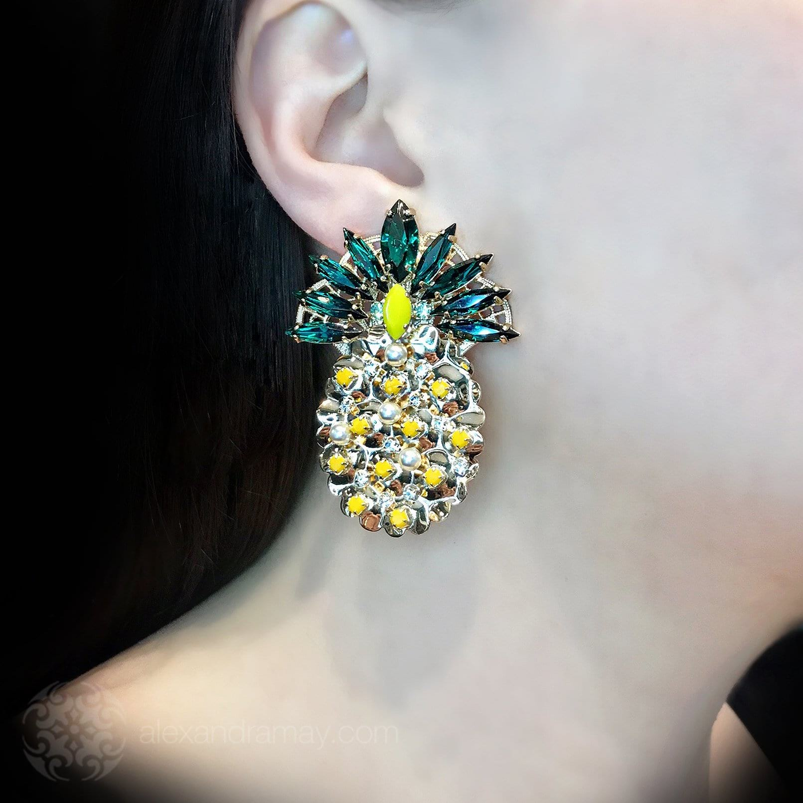 Anton Heunis 'Pandora's box' Statement Pineapple Earrings (PNR320)