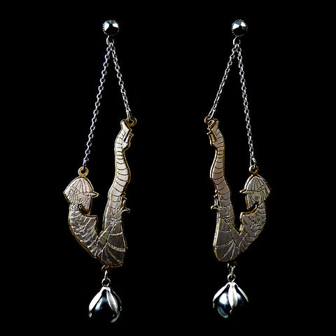 Konplott 'My Bonnie is Over the Ocean' Acrobat Earrings (835183)