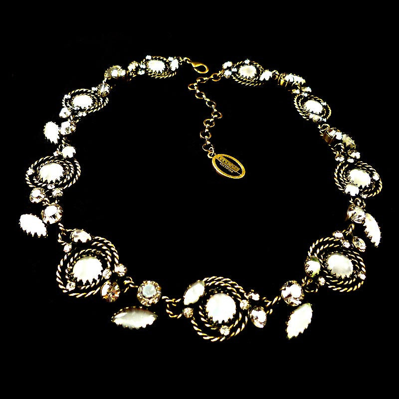 Konplott 'Twisted Lady' White Opaline Necklace (836814)