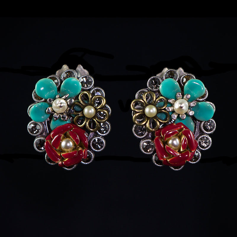 Sweet Romance Baja Flower Clip-on Earrings - front