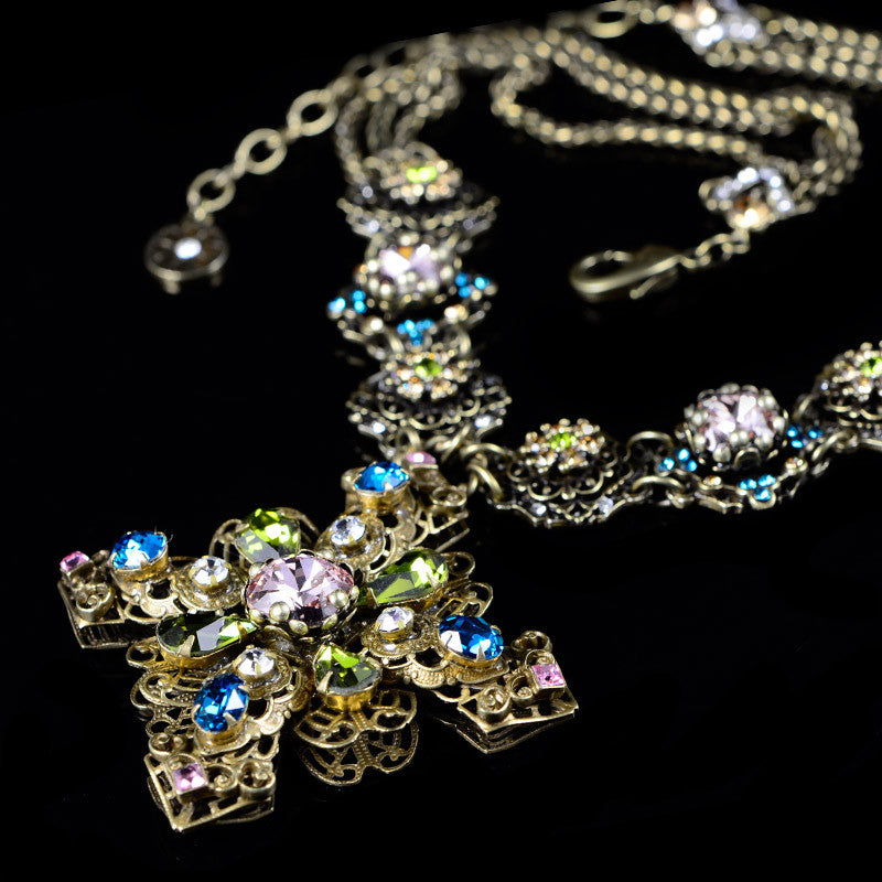 Sweet Romance Baroque Filigree Cross Necklace - detail 2