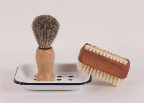 Bürstenhaus Redecker Shaving Brush | Waxed Beechwood