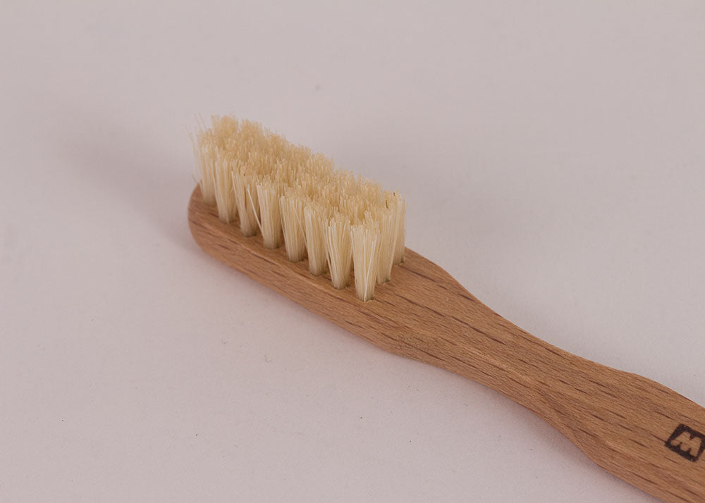 Bürstenhaus Redecker Traditional Wood Toothbrush | Natural Bristle