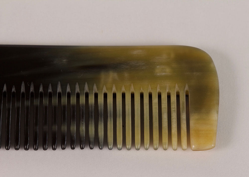 Shopkeeper Natural Horn Comb | Narrow Tooth