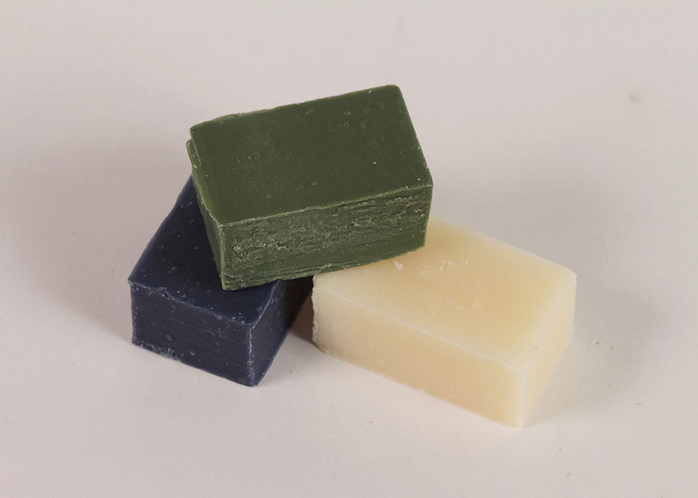 Le Baigneur Amuse Douche | Set of Three Mini Soaps