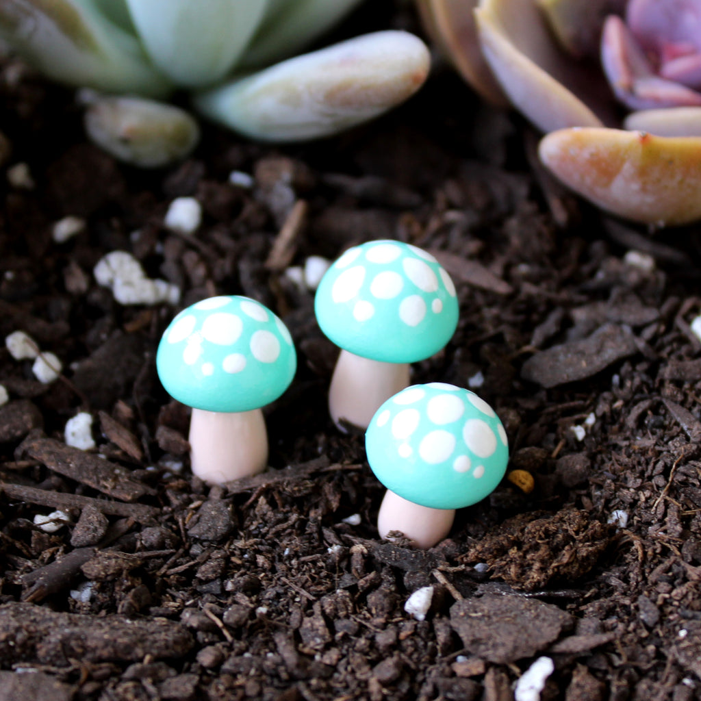 Seafoam Toadstools (Set of 4)